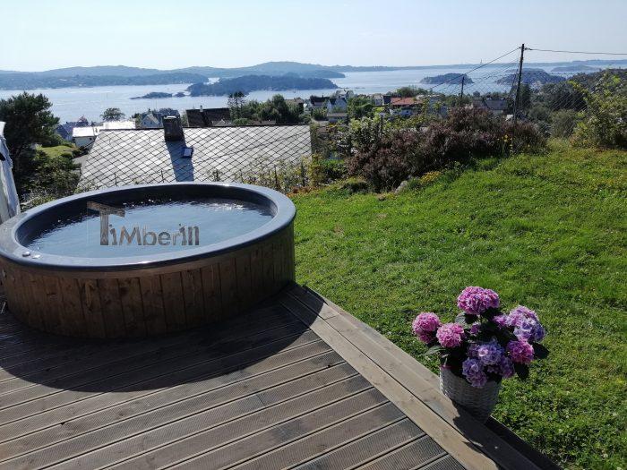 badestamp i glassfiber med elektrisk oppvarming, Eirik, Follese, Norge (3)